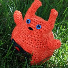 Crochet Button Bunny by Stefanie Goodwin-Ritter, in Manos Wool Clasica and Manos Maxima