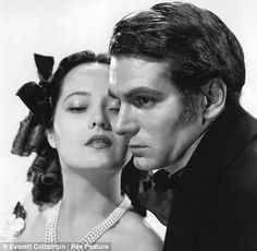 Merle Oberon and Lawrence Olivier. Wuthering Heights.