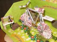 Money present for a bicycle Pin Tool, Wooden Crates, Cute Diys, Gifts For Him, Diy Gifts, Origami, Diy And Crafts, Happy Birthday, Bicycle