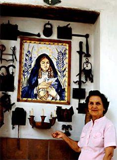 Débora Arango Pérez / Foto Óscar Monsalve - Cortesía de Villegas Editores American Art, Retro Vintage, Artsy, Inspire, Paintings, Google Search, Awesome, People, Inspiration