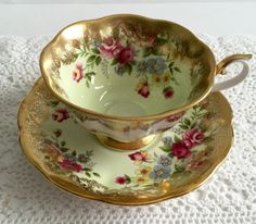"Rare Royal Albert China Tea Cup & Saucer ""Portrait Series"" Avon Shape"