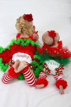 Cute Christmas photo! i wanna do this with the girls.. how cute!!