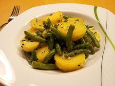 Libanesischer Kartoffelsalat würzig - pikant, ein leckeres Rezept aus der Kategorie Gemüse. Bewertungen: 93. Durchschnitt: Ø 4,4.