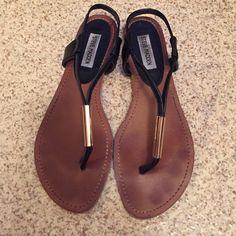 Steve Madden sandals Cute black sandals, black strap with gold detail wore 2 times Steve Madden Shoes Sandals