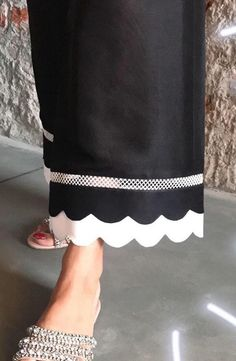 Best 12 Kurtis design – Page 318207529920529471 – SkillOfKing. Kurti Sleeves Design, Sleeves Designs For Dresses, Kurti Neck Designs, Dress Neck Designs, Salwar Designs, Blouse Designs, Plazzo Pants, Salwar Pants, Patiala Salwar