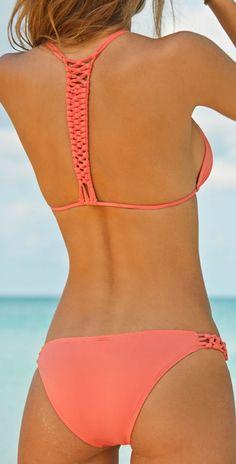 Love the back of this bikini!!! Neeeeeed it!!