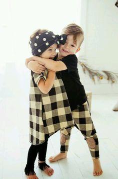 I like the boys clothes... ●_●