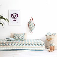 Little guests beds Pouf Design, Deco Kids, Kids Decor, Home Decor, Baby Room Decor, Fashion Room, Kid Spaces, Kid Beds, Girls Bedroom