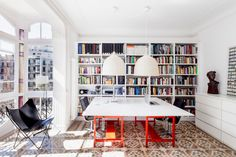 Source: Rue More from that fabulously tiled apartment. Loving this very cool and slick home office. Loft Interior, Interior Architecture, Interior Design, Home Office, Apartment Office, Home Modern, Modern Decor, Modern Design, Home Libraries