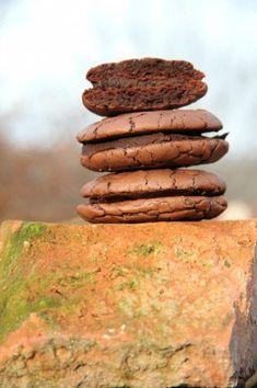 Ragacsos nagyon csokis keksz | Cookies, Food, Crack Crackers, Biscuits, Essen, Meals, Cookie Recipes, Yemek, Cookie
