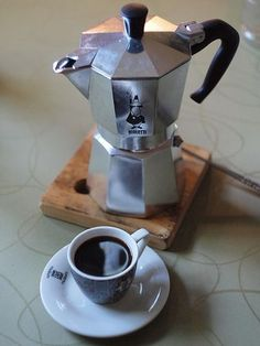 moka pot stovetop espresso maker pinterest drucken k che und essen. Black Bedroom Furniture Sets. Home Design Ideas