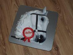 horse - Cake by Janeta Kullová