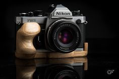 Nikon F-Body Wood Camera Grip mkII