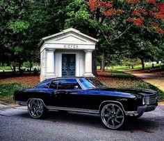 so nice Custom Trucks, Custom Cars, My Dream Car, Dream Cars, Donk Cars, Chevy Chevelle Ss, Chevy Muscle Cars, Chevrolet Monte Carlo, Old School Cars