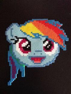 Rainbow Dash perler beads by GwenniStars