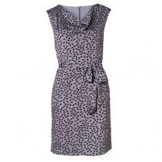 I LOVE this scottie print dress!!!!!!!!!!!!!!