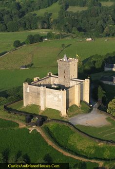 The Château de Mauvezin, Mauvezin, Hautes-Pyrénées, France. - www.castlesandmanorhouses.com