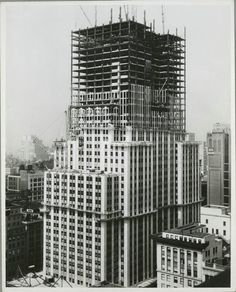 Halfway point in the construction of the Empire State Building, New York City, 1930.