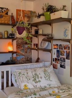 Room Makeover, Room, Room Inspiration Bedroom, Redecorate Bedroom, Indie Room, House Rooms, Dreamy Room, Indie Room Decor, Chill Room