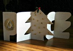 Papercut Peace Christmas Card and Craft Industry Alliance Modern Quilling Article
