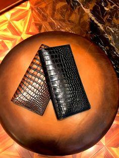 Alligator Multi-Card Long Bifold Wallet Alligator Suit Wallet for Men Leather Card Wallet, Leather Bifold Wallet, Black Muscle Men, Alligator Wallet, Fashion Handbags, Crocodile, Leather Men, Card Holder, Leather Wallets