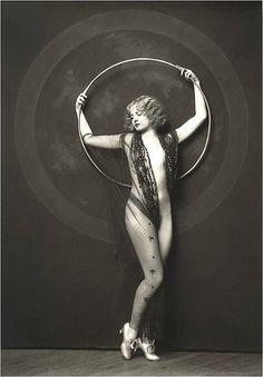 Ziegfeld Follies -  Photo: Alfred Cheney Johnston