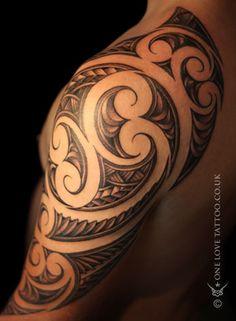 Travel tattoo male ideas for 2019 Tribal Phoenix Tattoo, Tribal Tattoos For Men, Love Tattoos, Picture Tattoos, Body Art Tattoos, Hand Tattoos, Maori Tattoos, Polynesian Tattoos, Octopus Tattoo Design