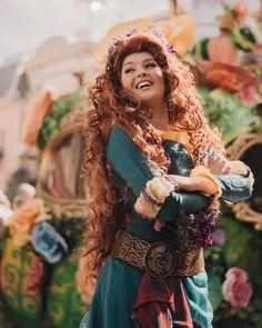 Disney Cosplay at its best! Sora at Disney World! Walt Disney Princesses, Merida Disney, Disney Girls, Disney Love, Disney Magic, Disney Stuff, Disneyland Face Characters, Disney Characters Costumes, Merida Cosplay