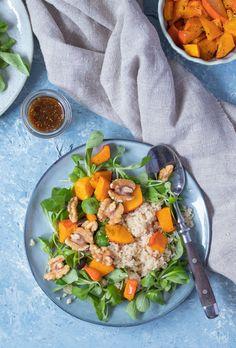 Einfacher Kürbissalat: Rezept mit Couscous Thai Red Curry, Cobb Salad, Cantaloupe, Fruit, Ethnic Recipes, Kitchen, Food, Dips, Tasty Vegetarian Recipes
