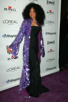 Diana Ross arrives at Clive Davis Pre-GRAMMY Awards Party at Beverly Hilton Hotel in Beverly Hills, California on February 2006 Diana Ross Supremes, Vintage Black Glamour, Shes Amazing, L'oréal Paris, Motown, Pop Rocks, Lady And Gentlemen, Afro, Vintage Pictures