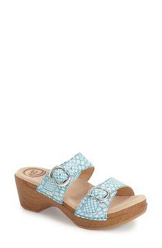 1a39a01bc4f68c Dansko  Sophie  Sandal Clogs Outfit