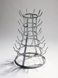 Marcel-Duchamp-Bottle-dryer