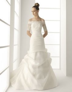 A-Line Straight Neckline Off-Shoulder Sleeves with Lace Appliques and Ruffles Zipper Organza wedding Dress