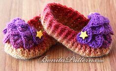 Bonita Patterns Crocodile Stitch Baby Loafers #crochet #crocodile #baby #kids #patterns #diy #DoItYourSelf #rainbow