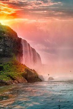 Niagara Falls by Matteo Pecchioli