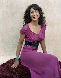 Jennifer Beals - cast member from the L word Jennifer Beals, The L Word, Cool Dance, Teen Models, Beautiful People, Beautiful Ladies, American Actress, Movie Stars, Amazing Women