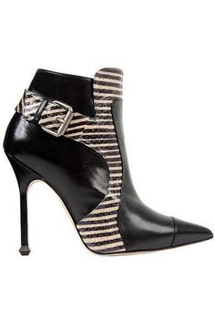 You cant beat this fashion Fab Shoes, Cute Shoes, Me Too Shoes, Shoes Heels, Fashion Heels, Fashion Boots, Bootie Boots, Shoe Boots, Ankle Boots