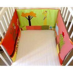 """Tour de lit pour bébé personnalisé, """"Girafe, singe et crocodile"""" - (Réf.TLN5)"""
