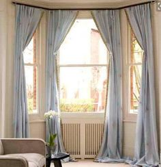 Whether you're looking for elegant draperies, covered valances, or a simple swath of fabric, we have window treatment ideas that will complement every room in the house. Bay Window Curtain Rod, Kitchen Window Curtains, Curtain Hanging, Hang Curtains, Cheap Curtains, Curtains For Bay Windows, Bow Windows, Roman Curtains, French Curtains