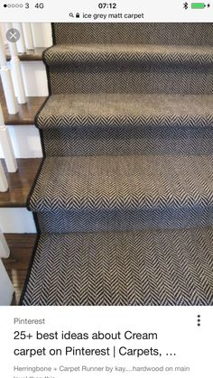would love a nice stair runner like this. I would love really wide stairs if possible and wood stairs with a stair runner. Style At Home, Staircase Runner, Carpet Runner On Stairs, Carpet Stair Treads, Hallway Carpet Runners, Home Goods Decor, Banisters, Painted Banister, Railings