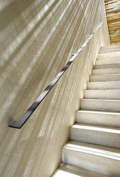 New Stairs Steel Railing Simple Ideas Staircase Handrail, Interior Staircase, Staircase Design, Steel Railing, Basement Stairs, House Stairs, Escalier Design, Stair Detail, Stair Steps