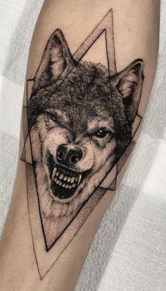 50 Of The Most Beautiful Wolf Tattoo Designs The Internet Has Ever Seen umwerfendes Wolf-Tattoo © Tätowierer Lucas Martinelli ❤❤❤❤❤ Wolf Tattoos, Animal Tattoos, Cute Tattoos, Beautiful Tattoos, Body Art Tattoos, Small Tattoos, Sleeve Tattoos, Wolf Tattoo Design, Tattoo Designs