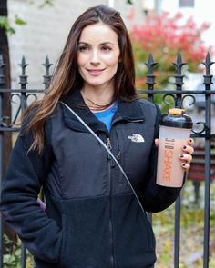 🚨 QUESTION! How many of you have seen results with the #310shake? (Comment below) You can try the 310 Nutrition Premium Starter Kit for 70% off right now. It's crazy what you get for $39!  https://310nutrition.com/products/prm_sk  Who's in the 310 community? https://facebook.com/groups/310community  photo:   @esandoz