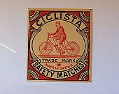 7x8cm  matchbox label, made in Sweden, period 1930s - 1950s. Ciclista. The cyclist.