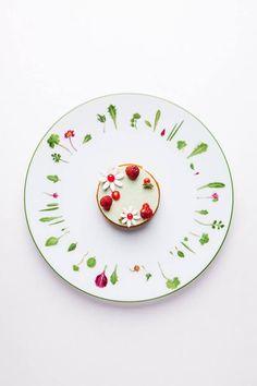 Alain Ducasse - #recette #dressage #assiette #artculinaire #art #food #foodporn #gastronomy #gastronomic #fooddesign #culinary #foodart #gourmet #gourmand #joiedevivre #museumviews #HauteCuisine