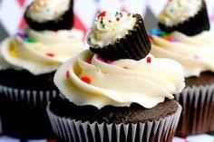 A cupcake on a cupcake!