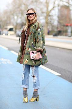 London Fashion Week Street Style Schuhe Source by The post Londo Street Style Fashion Week, Street Style Chic, Street Style Outfits, Street Style Shoes, Look Fashion, Fashion Outfits, Womens Fashion, Fashion Trends, Stylish Outfits