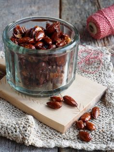recipe by Ina-Janine Johnsen Candied Almonds, Roasted Almonds, One Pot Wonders, Tis The Season, Quick Easy Meals, Food Inspiration, Spicy, Food And Drink, Pudding