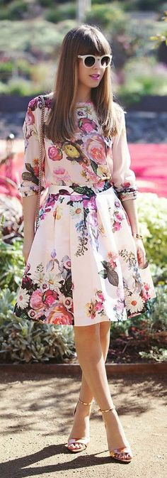 Spring Floral Printed Dress with Gold High Heels |...