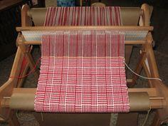 Log Cabin Design/ rigid heddle loom